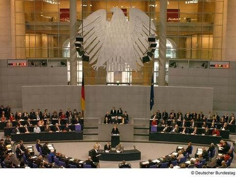 bundestag-4478_by_deutscher-bundestag_pfarrbriefservice